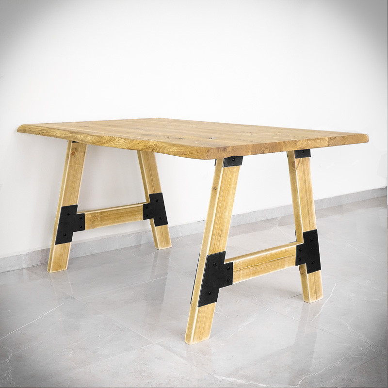 noga retro do stołu drewniana