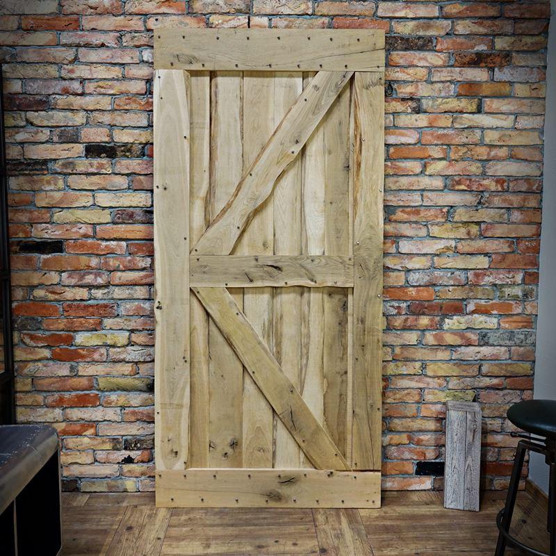 Drzwi dębowe FLINSTON z gwoździami
