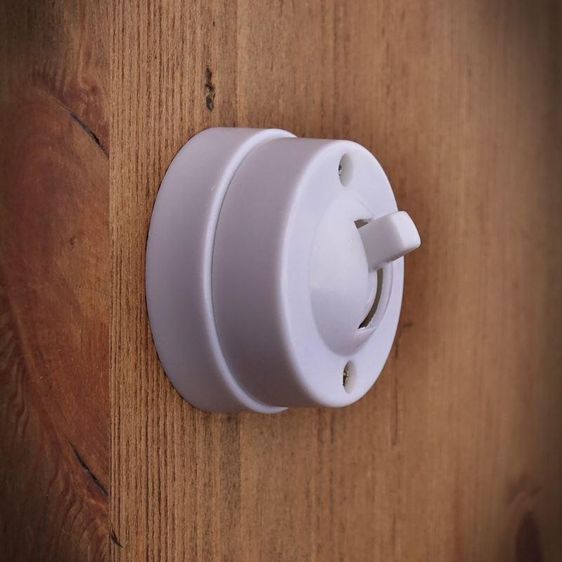 Retro antyczny wyłącznik elektryczny pojedyńczy biały