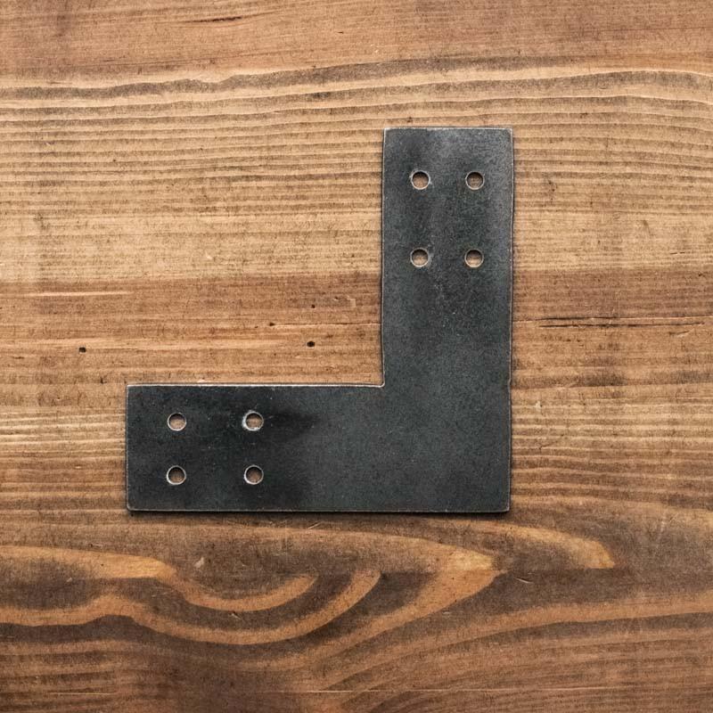 Łącznik do drewna narożny