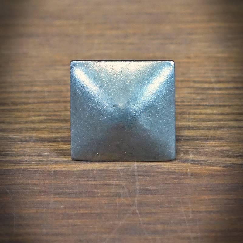retro gwoździk stalowy