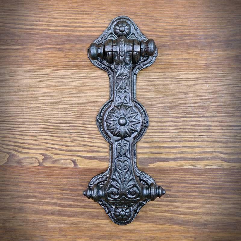 retro kołatka drzwiowa
