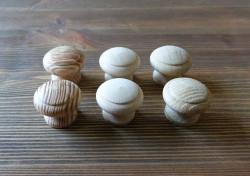Gałka meblowa drewniana DĄB