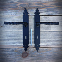 Klamka SEWILLA z szyldem na kluczyk