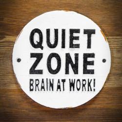 dekoracyjna tablica żeliwna quiet zone