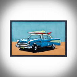 auto z deską surfingową obraz