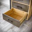 biurko ze stalowymi szufladami