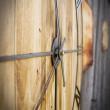 drewno sosnowy zegar