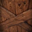 sosnowe rustykalne drzwi przesuwne