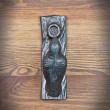żeliwna kołatka drzwiowa