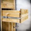 szafa drewniana metalowa