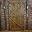 rustykalne drzwi postarzane