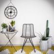stalowe industrialne krzesło