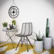 stalowe krzesła