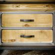 szafka pod telewizor z szufladami w stylu loft