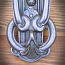 średniowieczna kołatka do drzwi