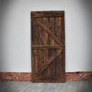 Wykończenie drzwi szarpanych w ramie stalowej