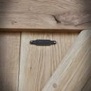 Rustykalny emblemat na drzwiach przesuwnych