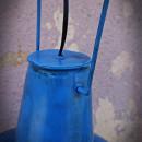 niebeiska lampa vintage
