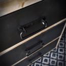 metalowe szuflady w meblach loftowych rustykalneuchwyty