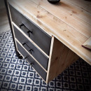 loftowe biurko z metalowymi szufladami
