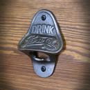 stalowy otwieracz do piwa