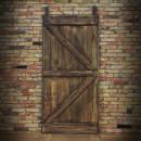 Drzwi na ścianie z cegły loft