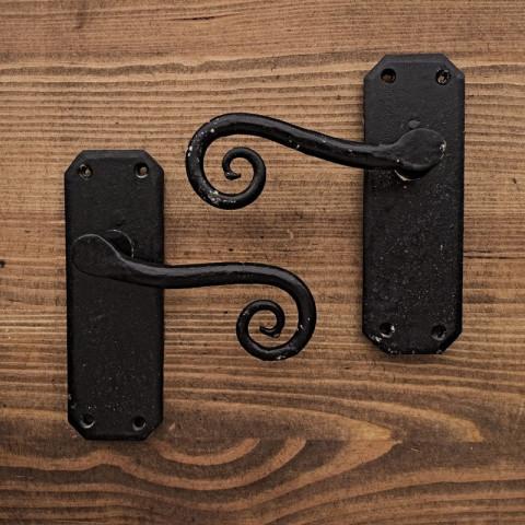 Klamka drzwiowa KUTA SPIRALA