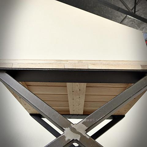 Industrialna niska noga do ławy typu X ( 60x40 cm )
