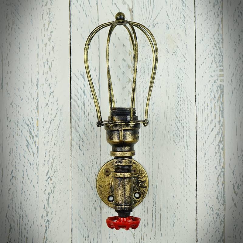 Lampka ścienna w starym stylu