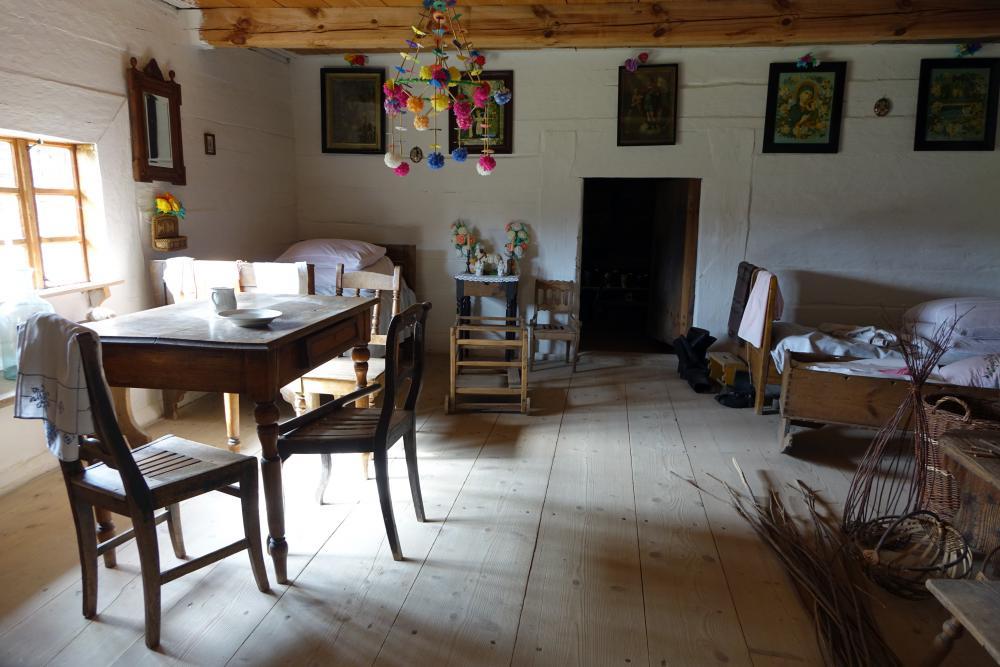 wnętzre starej wiejskiech chaty
