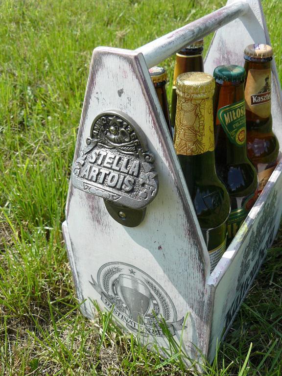 Skrzynka do piwa z otwieraczem
