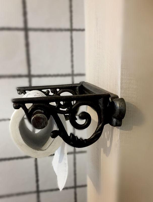 Retro uchwyt na papier toaletowy