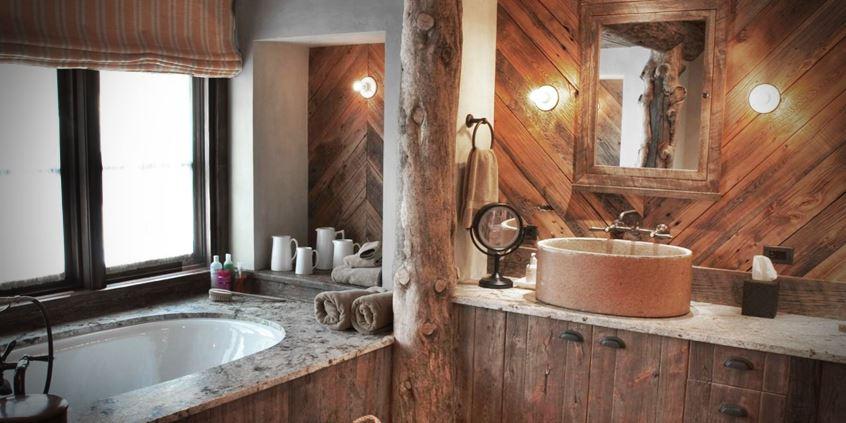 łazienka w rustykalnym stylu