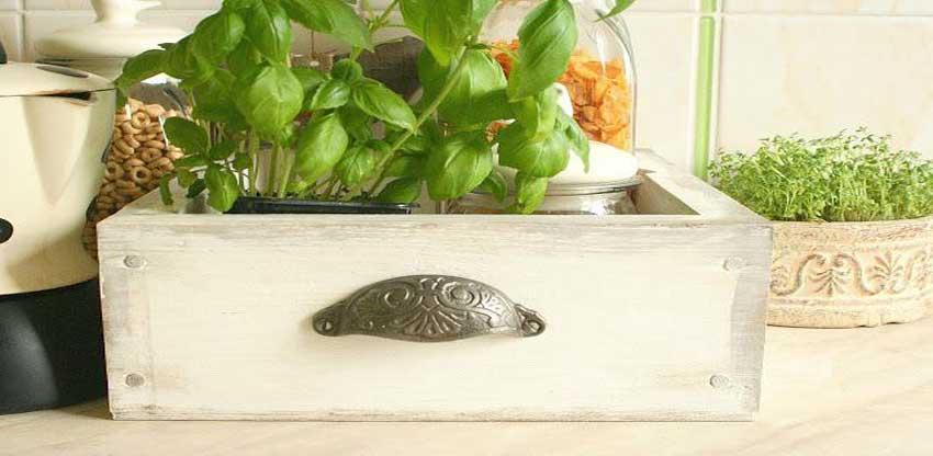Rustykalne DIY – wielofunkcyjna skrzynka