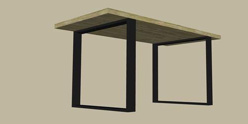 montaż nóg do stołu z drewna